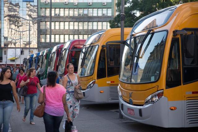 Ônibus da Capital retomam horários regulares nesta segunda-feira Felipe Martini/Agencia RBS