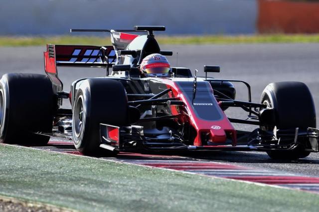 Haas confirma dupla de pilotos para temporada 2018 JOSE JORDAN/AFP