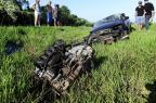 FOTO: motor se desprende de carro após capotagem na freeway Ronaldo Bernardi/Agência RBS
