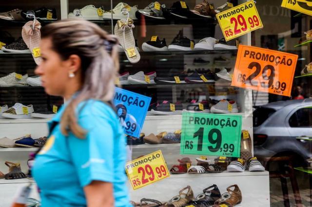 Comércio aposta em aumento de vendas e pagamento de dívidas com dinheiro do FGTS Omar Freitas/Agencia RBS