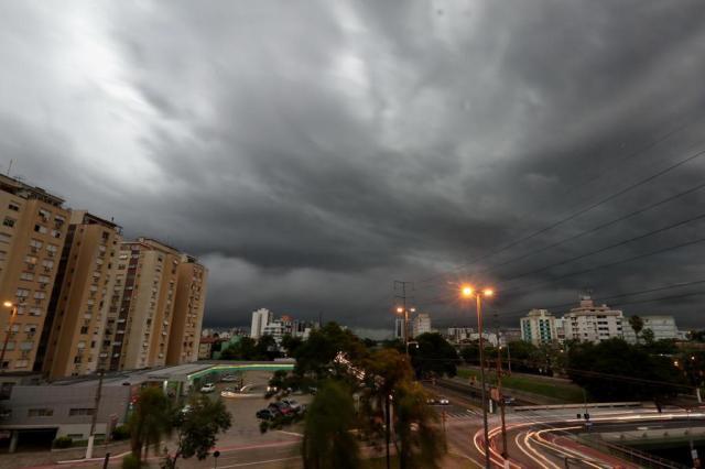 Nova frente fria provoca temporais em todo o Estado neste domingo André Ávila/Agencia RBS