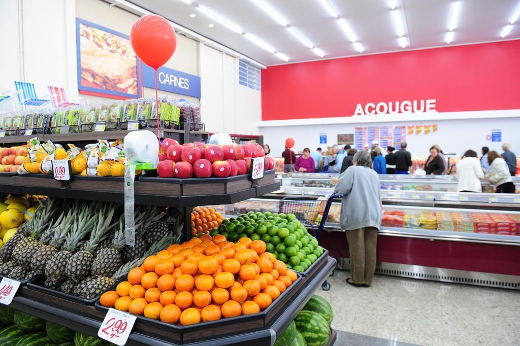 Crise encurta até passeios nos supermercados do RS Roni Rigon/Agencia RBS