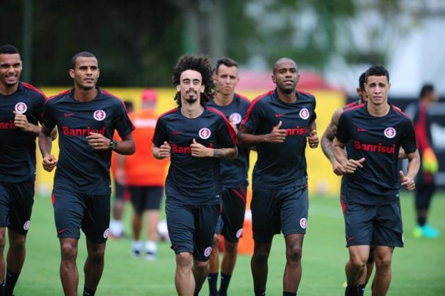 """Zé Victor Castiel: """"Time precisa ter espírito de luta"""" Ricardo Duarte / Inter, Divulgação/Inter, Divulgação"""