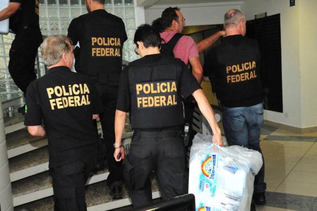 INFOGRÁFICO: como funcionava o esquema para liberar carne irregular ERNANI OGATA/CÓDIGO19/ESTADÃO CONTEÚDO