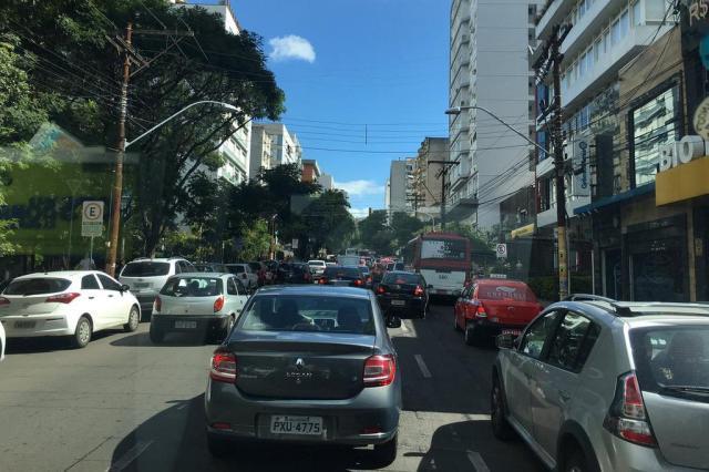 Bloqueios devido ao Saint Patrick's Day causam transtornos no trânsito Marina Pagno/Rádio Gaúcha
