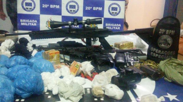 Após tiroteio, BM apreende fuzil e submetralhadora em Porto Alegre Brigada Militar / Divulgação/Divulgação