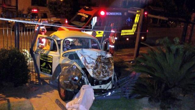 Motorista de Fusca morre após acidente em Carlos Barbosa Altamir Oliveira/Estação FM / Divulgação/Divulgação