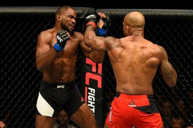 Jimi Manuwa nocauteia Corey Anderson no primeiro round no UFC Londres UFC / Divulgação/Divulgação