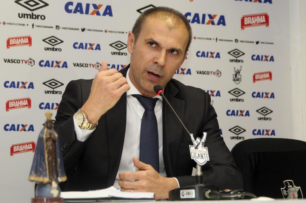 Milton Mendes é apresentado como novo treinador do Vasco Paulo Fernandes/Vasco/Divulgação