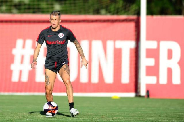 """D'Alessandro não prioriza assunto renovação, mas afirma: """"Se o clube quiser, vou ficar"""" Ricardo Duarte/Sport Club Internacional"""