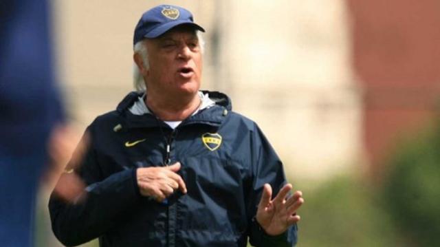 Ex-técnico da seleção argentina, Alfio Basile sofre AVC Boca Juniors / Divulgação/Divulgação