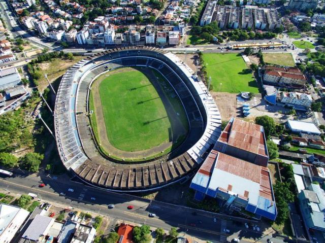 Moradores não veem perspectiva de mudanças para a área do Olímpico Bruno Alencastro/Agencia RBS