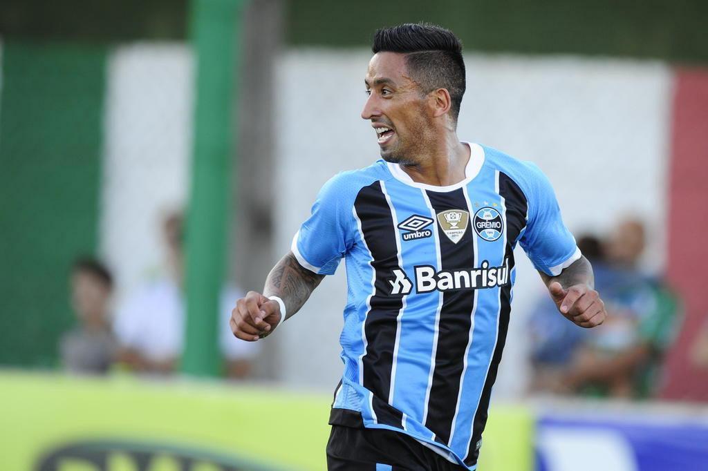Por que Barrios faz no Grêmio os gols que não fazia no Palmeiras Lauro Alves/Agencia RBS