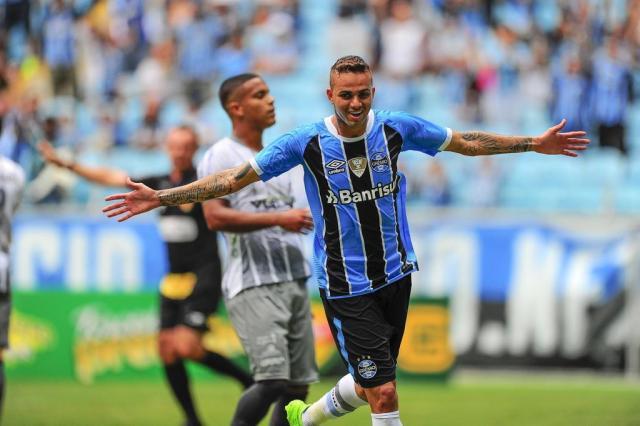 Renato admite intervir para facilitar renovação entre Luan e o Grêmio BRUNO ALENCASTRO/Agencia RBS