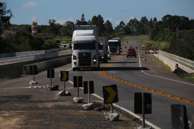 BR-116: Construtora não retoma serviço e dinheiro é transferido para outro trecho da duplicação Tadeu Vilani/Agencia RBS