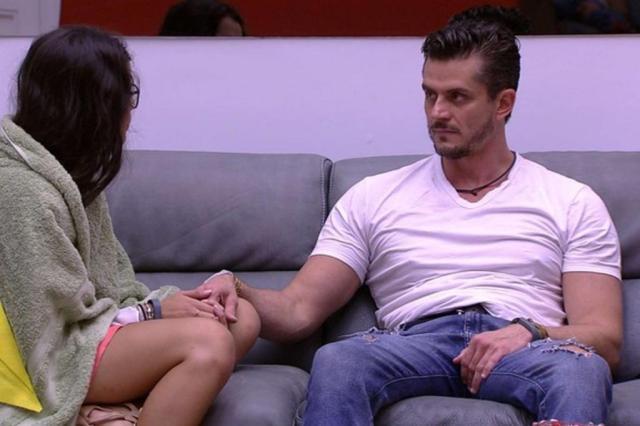 Mesmo com todas as polêmicas, Marcos vence paredão e segue no BBB 17 Reprodução/TV Globo/Divulgação