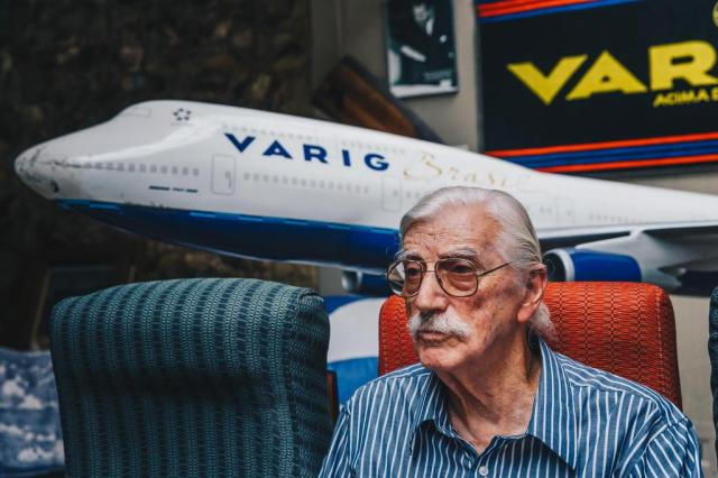 Ex-funcionário conta em livro a história da companhia aérea Varig Omar Freitas/Agencia RBS