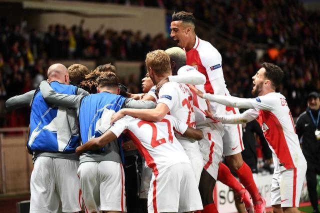 Ataque funciona, Monaco bate o Dortmund e se classifica BORIS HORVAT/AFP