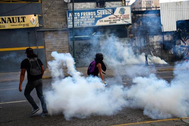 Protestos na Venezuela deixam 21 mortos desde o início de abril RONALDO SCHEMIDT/AFP