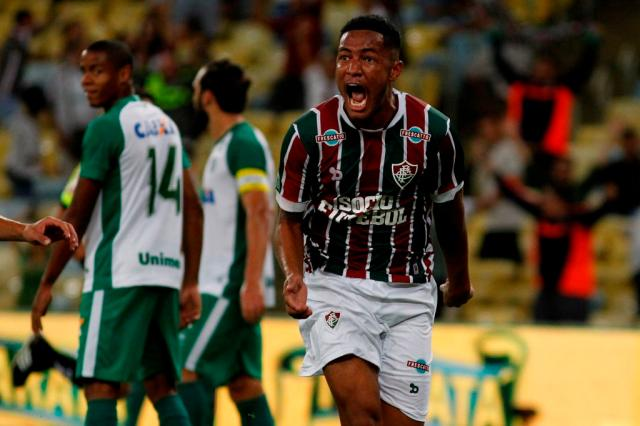 Zagueiros marcam, Fluminense bate Goiás e avança na Copa do Brasil Nelson Perez / Divulgação Fluminense/Divulgação Fluminense
