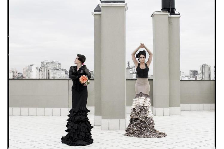 Bailaoras Juliana Prestes e Daniele Zill fazem ensaio fotográfico comemorando os 18 anos da Cia. de Flamenco Del Puerto Serena Salvadori/Divulgação