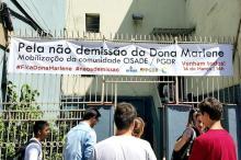 Quem é Dona Marlene, personagem da dramática faixa em frente à UFRGS Danielle Finamor de Souza/Arquivo Pessoal
