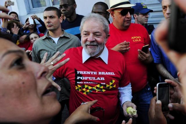 TRF4 dispensa Lula de comparecer a depoimentos das 87 testemunhas de defesa Anderson Fetter/Agência RBS