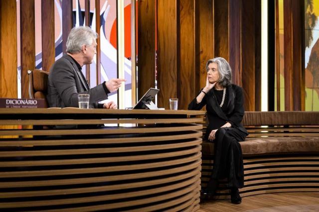 """Mesmo com prisões revogadas, Cármen Lúcia garante que """"Lava-Jato não está ameaçada"""" Ramón Vasconcelos/TV Globo"""