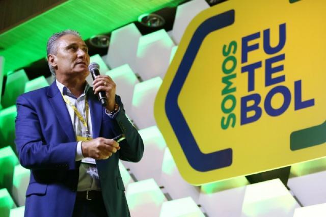 Com D'Alessandro na plateia, Tite palestra sobre a evolução do futebol, no auditório da CBF Lucas Figueiredo / CBF/Divulgação/CBF/Divulgação