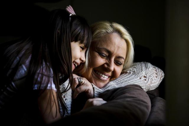 Dia das Mães: como Ana Paula concilia a viuvez com a maternidade Mateus Bruxel/Agencia RBS