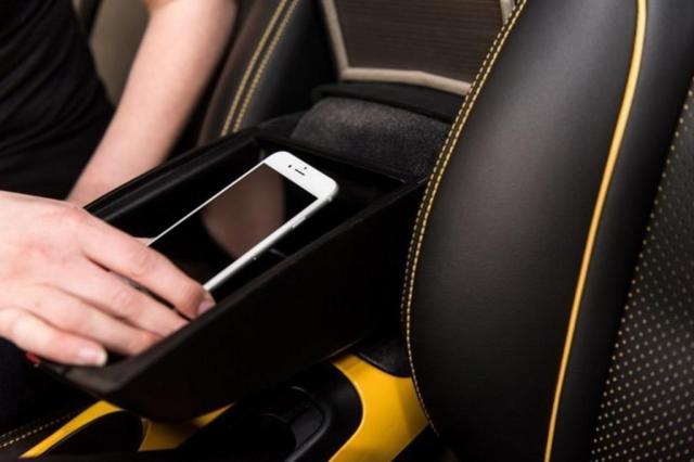 Com tecnologia antiga, Nissan cria sistema que veta celular ao volante Divulgação/Nissan