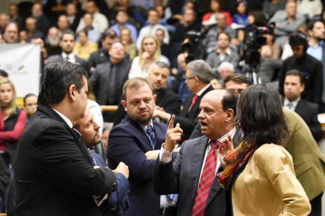 Como votou cada vereador na emenda que aumentou o teto dos servidores em Porto Alegre Leonardo Contursi/CMPA/Divulgação
