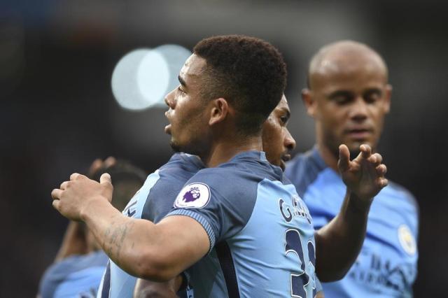Com gol de Gabriel Jesus, Manchester City vence e encaminha vaga à Liga dos Campeões PAUL ELLIS/AFP