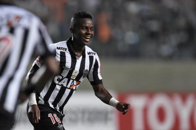 Atlético-MG goleia oGodoy Cruz e se garante na liderança da chave DOUGLAS MAGNO/AFP