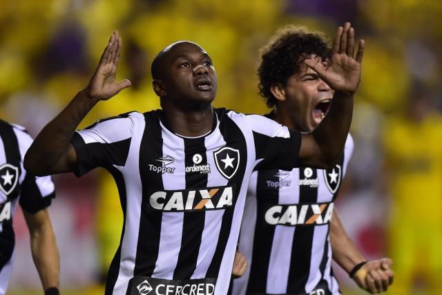 Presidente do Cruzeiro confirma o interesse em contratar Sassá, do Botafogo Divulgação / Botafogo /Botafogo
