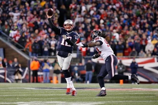 NFL rebate Gisele Bündchen e garante que Tom Brady não sofreu concussão Jim Rogash/GETTY IMAGES NORTH AMERICA