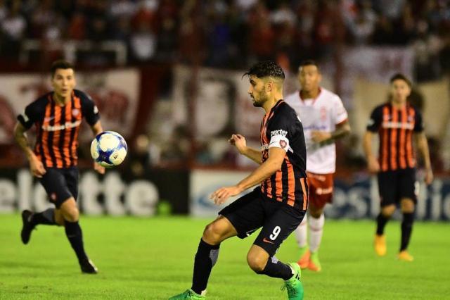 Jogador do San Lorenzo revela pedido de Réver por jogo de compadres San Lorenzo/Divulgação