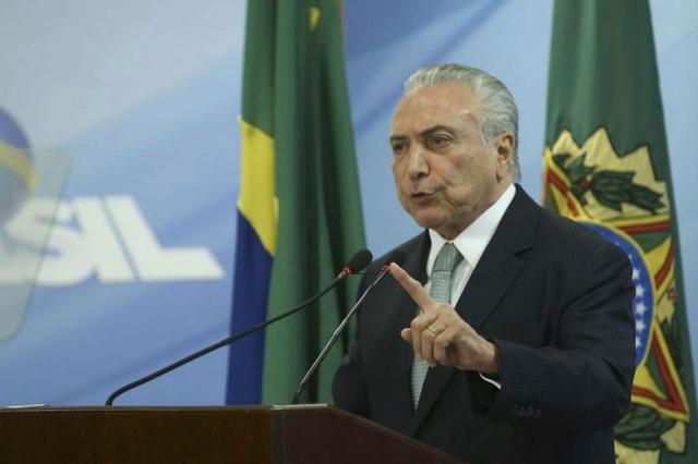 Diretor da JBS entrega anotações sobre suposto repasse de R$ 30 milhões para Michel Temer Valter Campanato/Agência Brasil