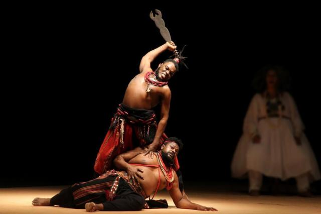 Amok Teatro traz a Porto Alegre duas visões sobre a África Alina Yuan/Divulgação