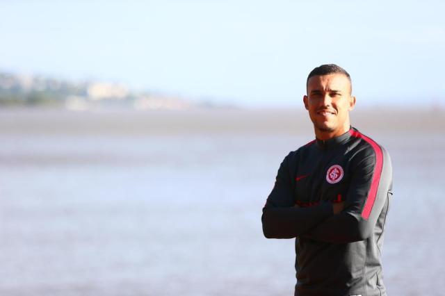 """Pottker define seu estilo de jogo: """"Não sou de brincar na frente do gol"""" Lauro Alves/Agencia RBS"""