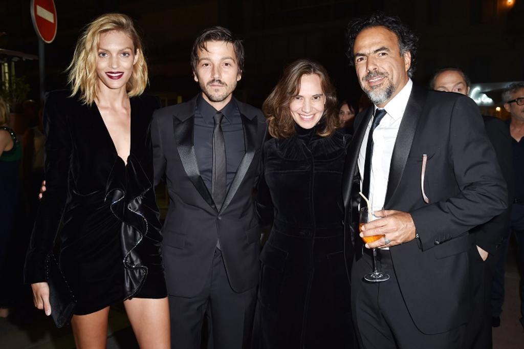 Miuccia Prada e Patrizio Bertelli recebem convidados em jantar em Cannes