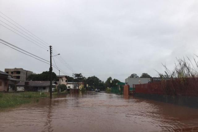 Sobe número de desalojados devido à cheia do Rio Uruguai Diogo Rubert/Arquivo pessoal