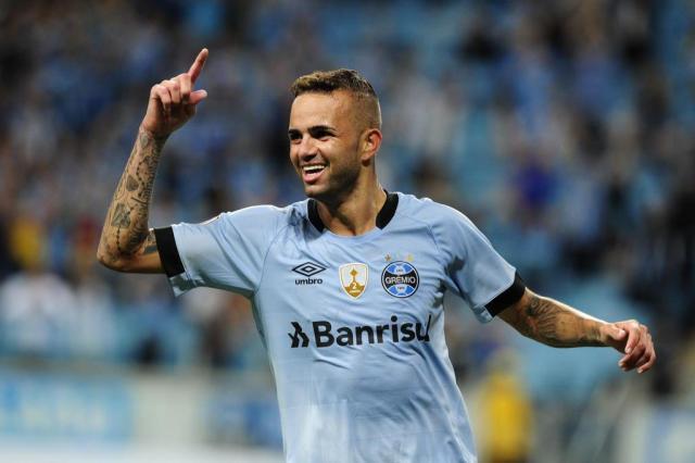 Luan ouve elogios de Galvão Bueno e fala sobre chance na Seleção Fernando Gomes/Agencia RBS