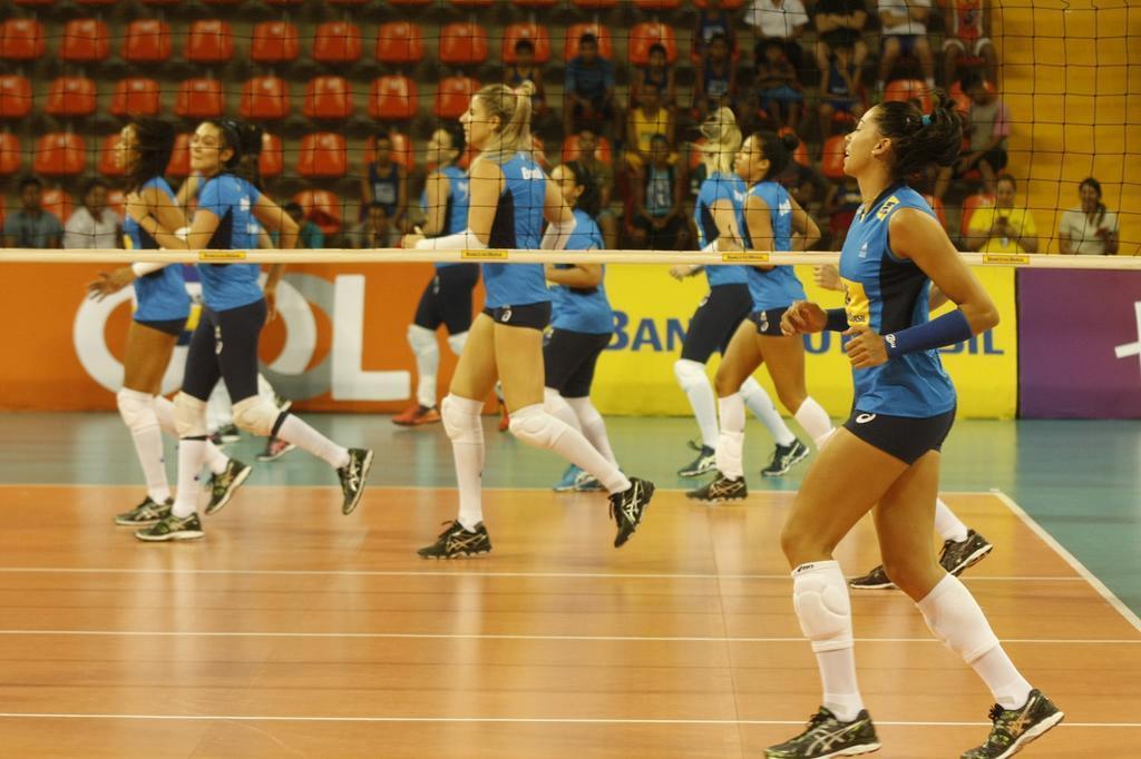 Precisando da vitória, seleção feminina encara a Tailândia Oswaldo Forte/MPIX/CBV