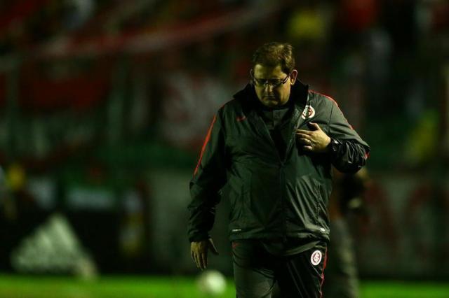 Guto pode ser demitido do Inter mesmo com vitória sobre o Oeste, e nome de Dunga ganha força Marco Favero/Agencia RBS