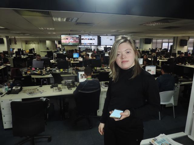 Desafio de estudante no jornalismo começa com visita à Redação  /