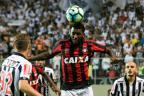 Com sequência de vitórias, Atlético-PR terá desfalques contra o Grêmio Dudu Macedo / Agência Lancepress!/Agência Lancepress!