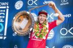 Matt Wilkinson conquista a etapa de Fiji e assume a liderança do ranking Kelly Cestari/WSL