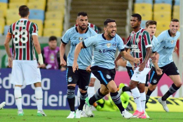 Jogadores comemoram regularidade do Grêmio após mais uma vitória no Brasileirão WALLACE TEIXEIRA/ESTADÃO CONTEÚDO