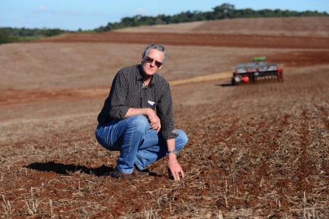 Agricultor faz contas para garantir plantio de trigo e soja (Diogo Zanatta/Especial)